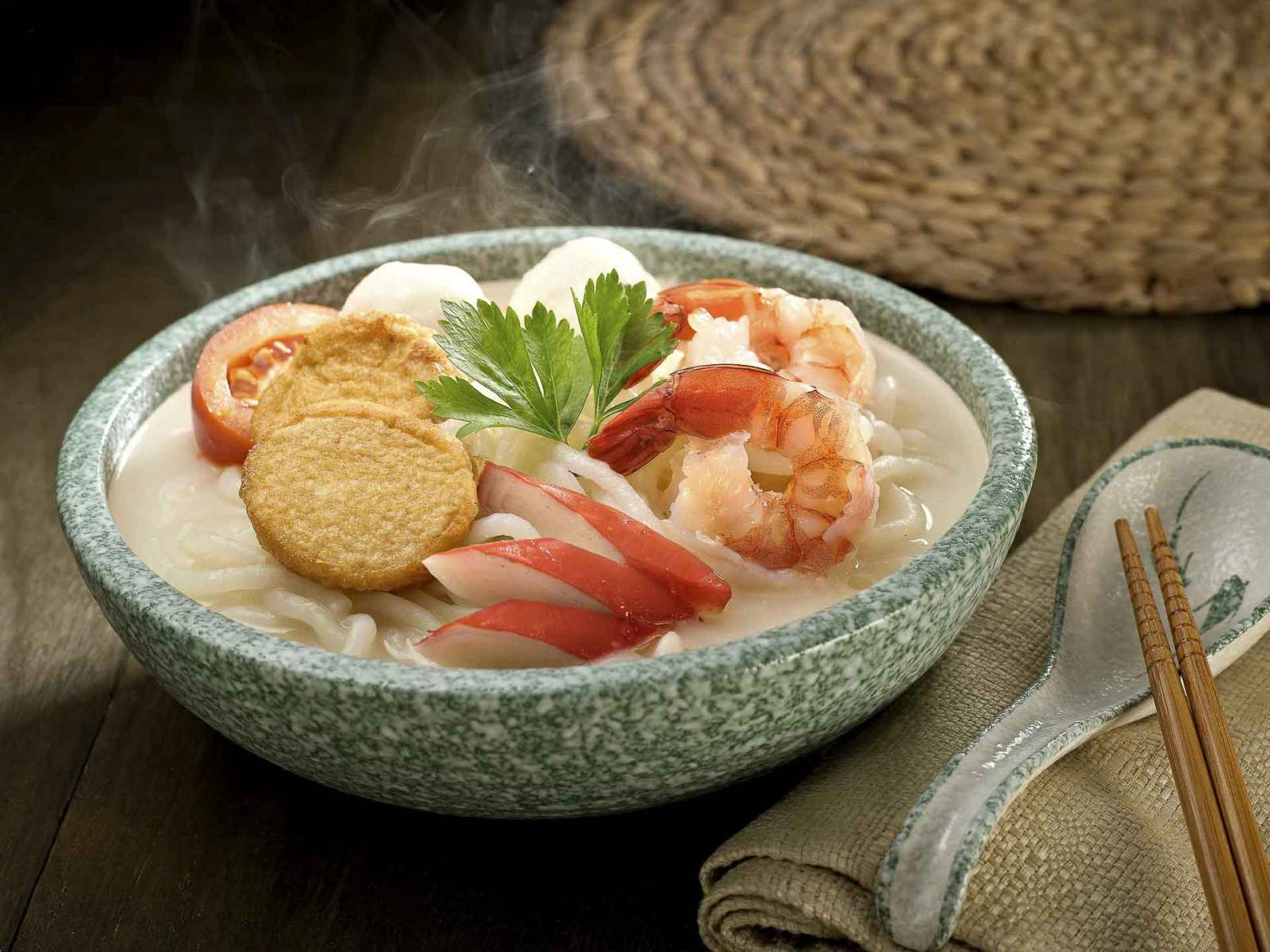 Owl-Seafood-Fish-Noodle-Food-Photography-Singapore